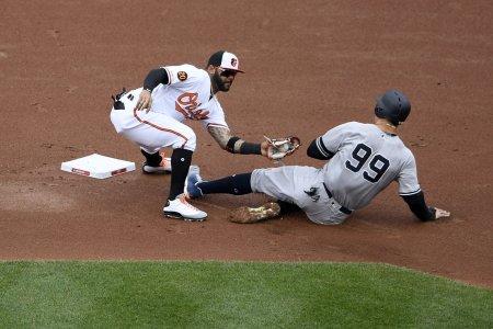 Yankees_Orioles_Baseball_01021-1880x1254